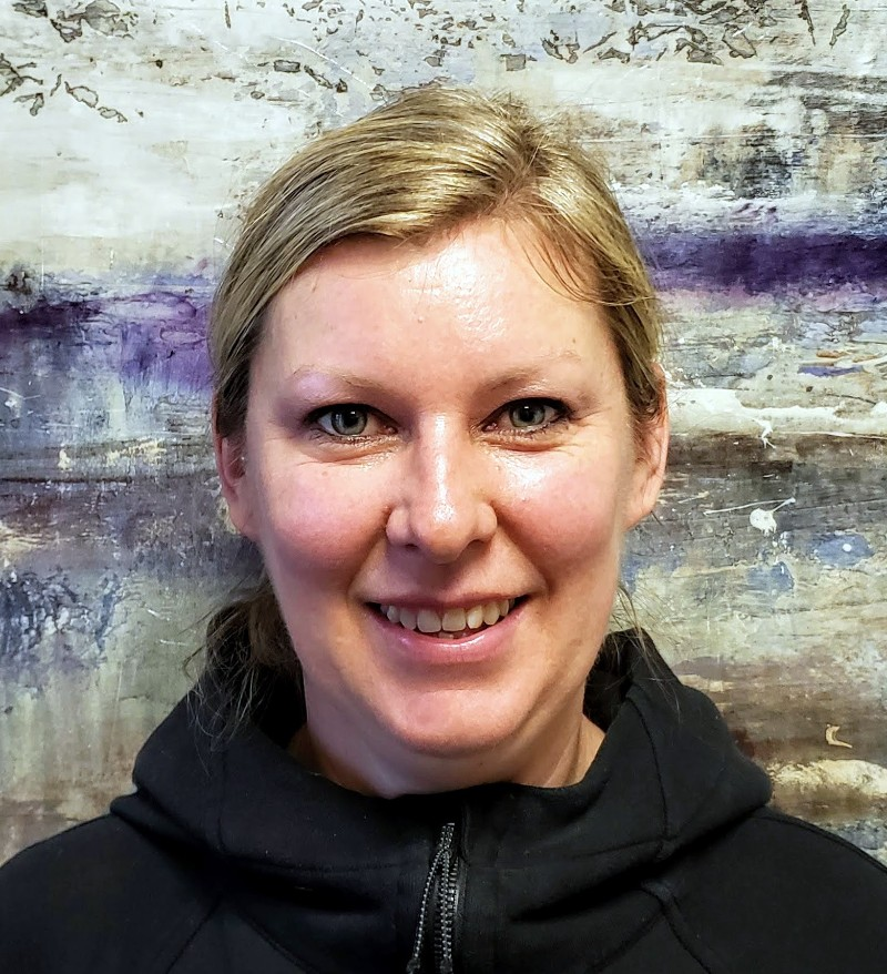Holly Donaldson Osteopath at Aches Away Toronto