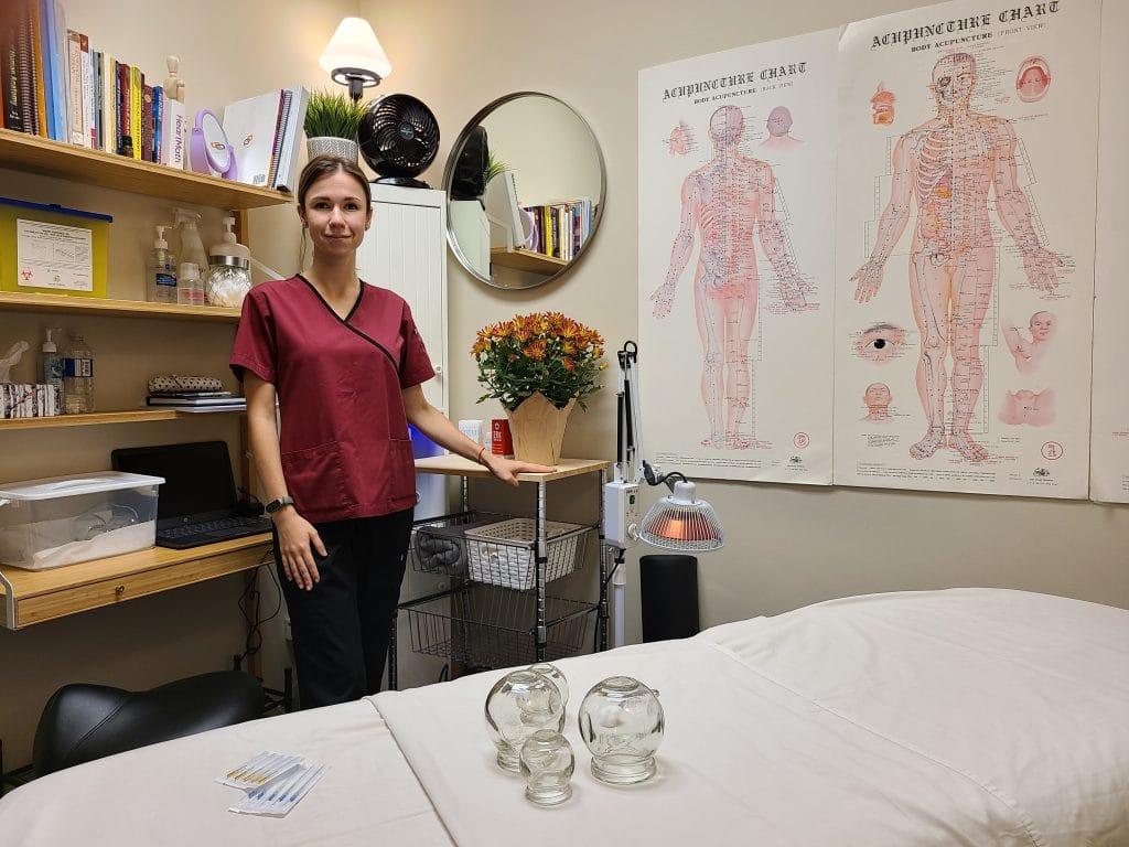 Acupuncturist Antonina